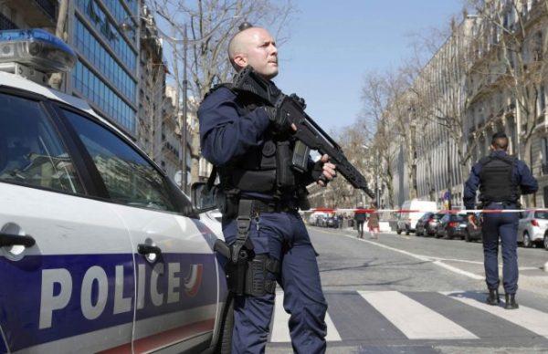 #فرنسا: تبادل #إطلاق_النار شمال غربي البلاد
