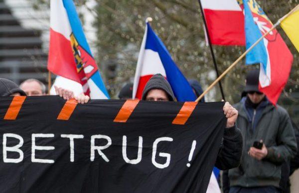 #ألمانيا:  مشروع لحظر ارتداء #الحجاب في المحاكم