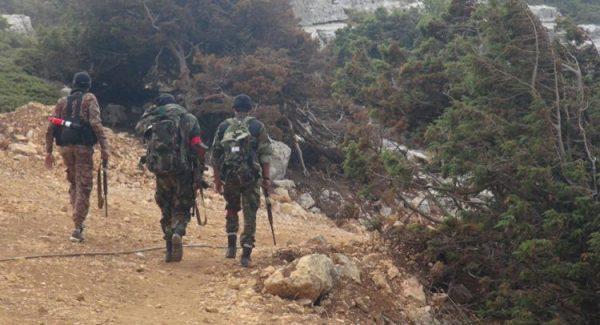 الجيش السوري يقضي على #أرهابيين في  #حماة