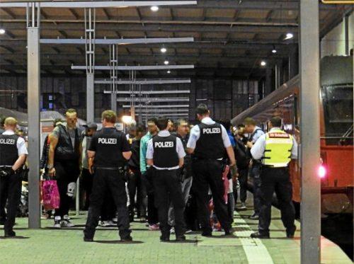 مراجعةإجراءات الأمن بعد الهجوم على حافلة #دورتموند