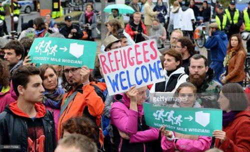 قوانين #بولندية لمواجهة #اللاجئين