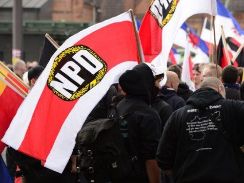 #ألمانيا:غرامة مالية ضد سائق لكراهية سيدة #ألمانية