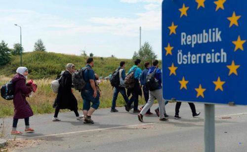 قلق #نمساوي من تدفق #اللاجئين عبر #البحر_المتوسط