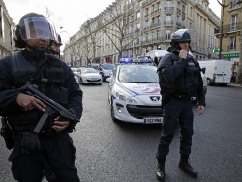 #فرنسا:مهاجم #الشانزيليزيه كان يخضع لتحقيق على صلة بالإرهاب