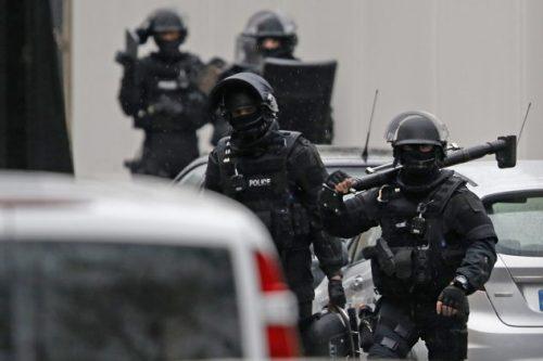 #فرنسا:إصابة شرطيين برصاص مسلح في جزيرة #لاريونيون