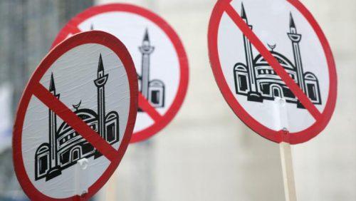 تغريم عمدة مدينة #فرنسية للتحريض على #الكراهية
