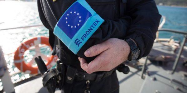 """وكالة حماية الحدود الأوروبية""""فورنتكس"""" شرطة جيدة وشرطة شريرة في وقت واحد"""