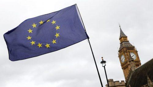 """هل تريد بريطانيا  خروجا """"مرنا"""" من الآتحاد الآوروبى ؟"""