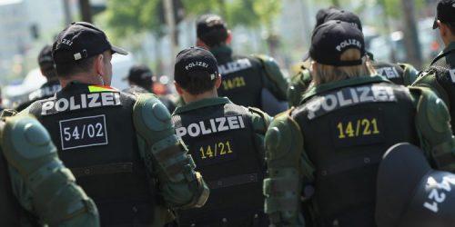 """ألمانيا..تدريبات على مواجهة هجوم إرهابي """"كيماوي"""""""