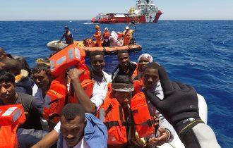 الهجرة الى اوروبا.. عبر ليبيا !