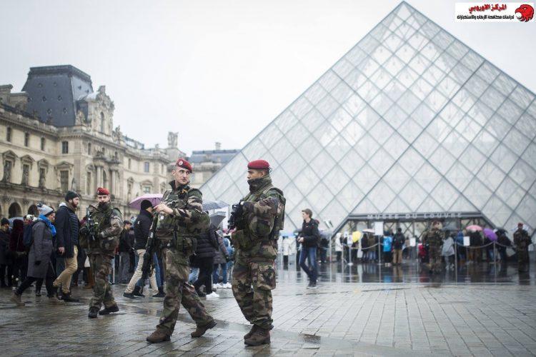 فرنسا.. المطالبة باستمرار العمل بحالة الطوارئ