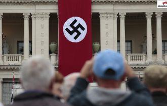 النازيون الجدد .. جرائم منظمة ضد المسلمين والاجانب في المانيا