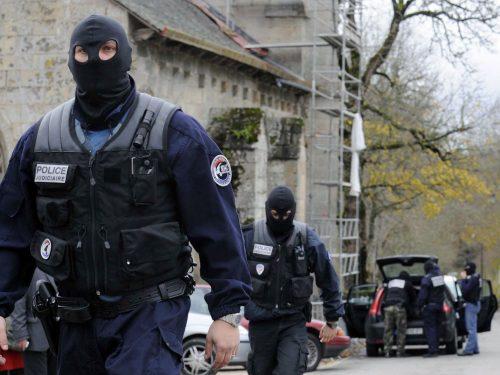 فرنسا..إعادة العمل بعمليات المراقبة على الحدود