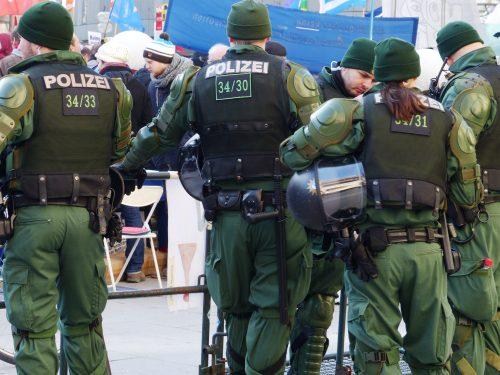 ألمانيا: إجراءات أمنيه لترحيل المتشددين الخطرين