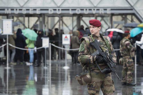 هل ستُفضل فرنسا أن يُقتل مواطنوها بداعش في سوريا أو العراق؟