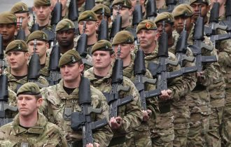 مساعى أوروبية إلى تأسيس جيش موحد ودفاع مشترك