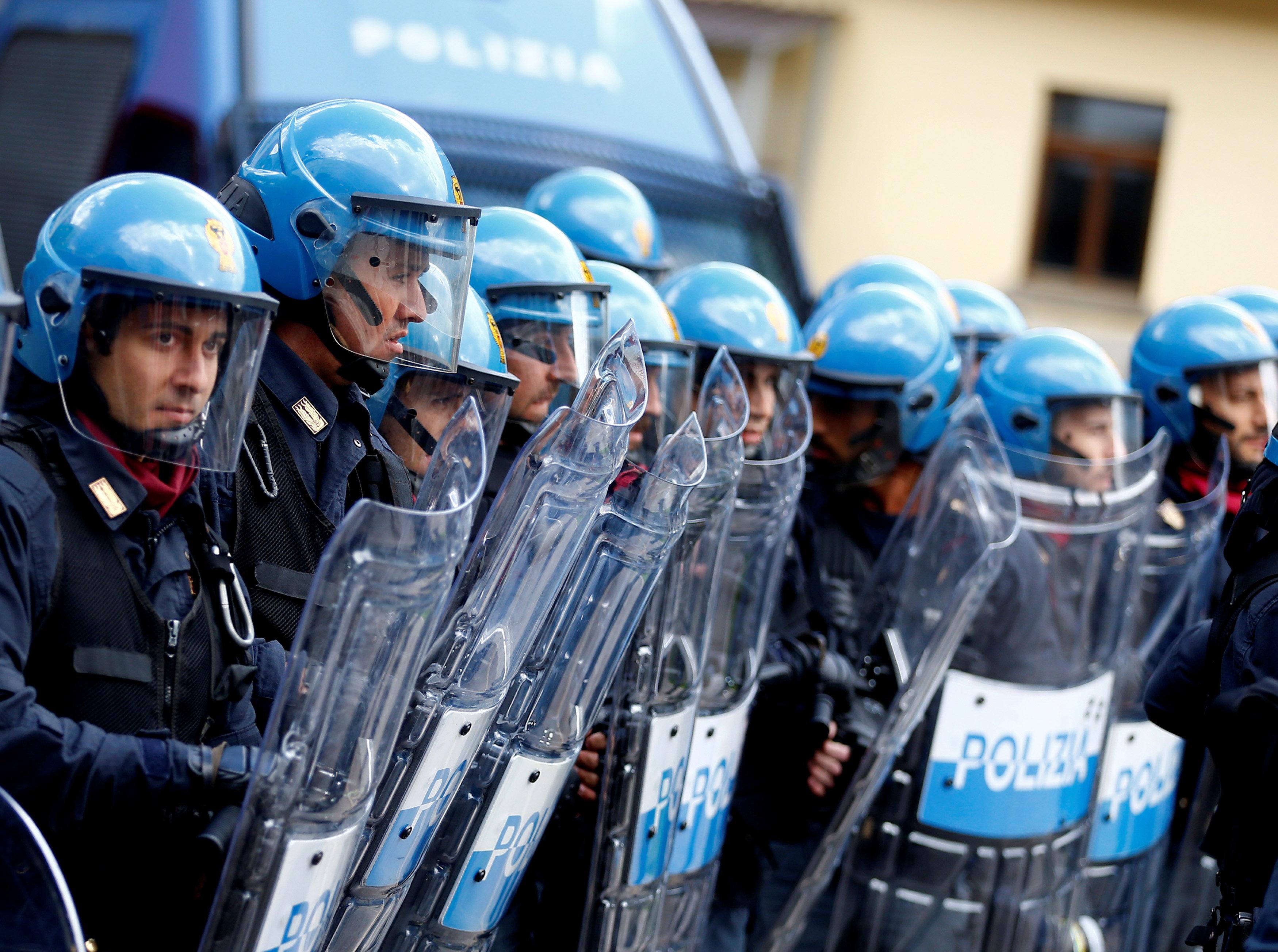 الدوافع والأسباب وراء عدم تعرض إيطاليا لهجمات إرهابية