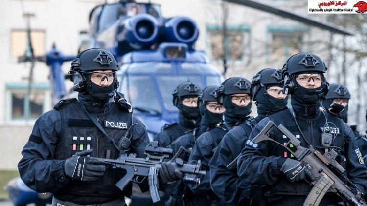 الإستخبارا الألمانية.. قائمة  التقارير والأجراءات الأمنية للوقاية من التطرف واحتواء المقاتلين الأجانب