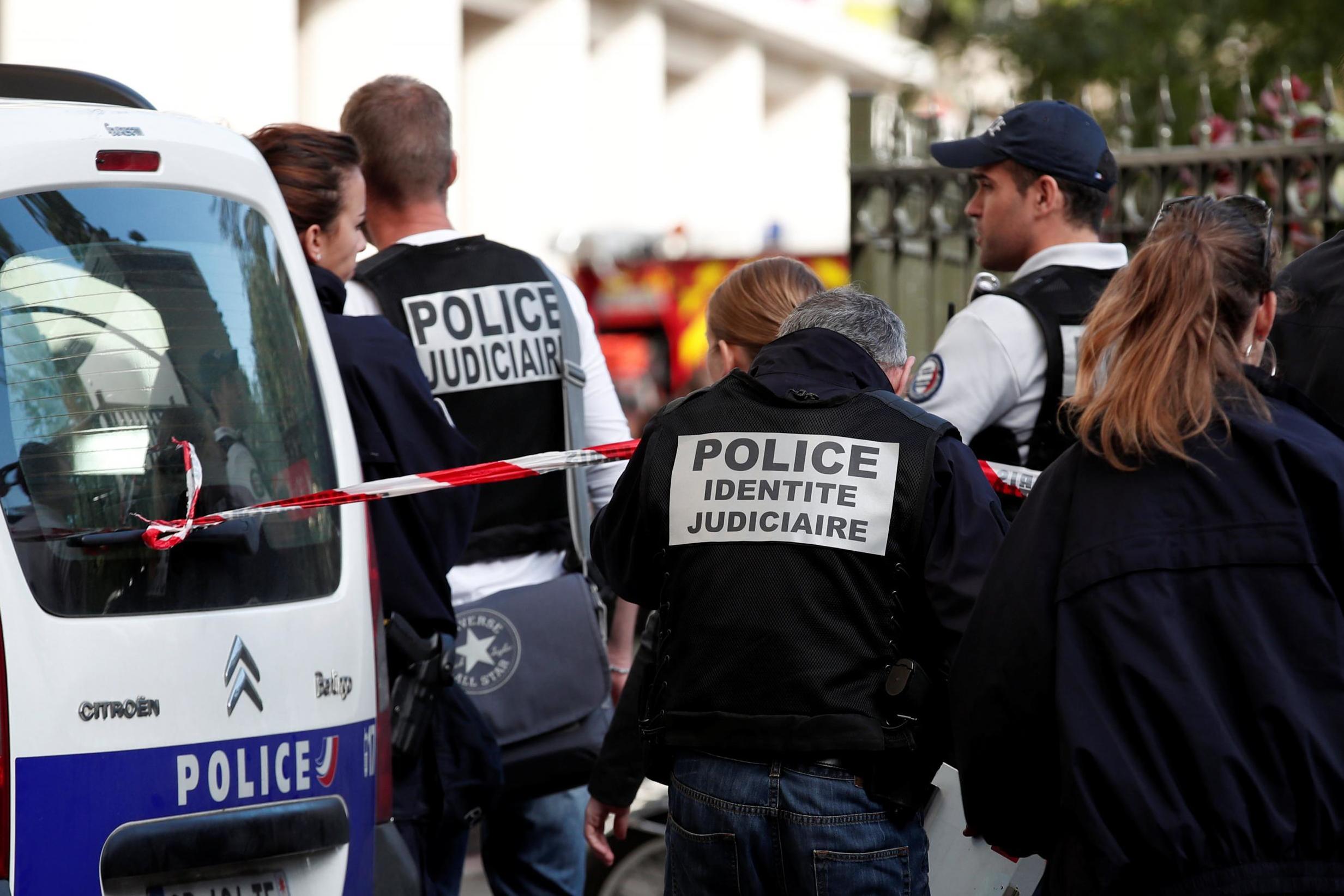 """فرنسا.. مطالبات بمحاكمات  عادلة """"للجهاديين"""" الموقوفين بسوريا والعراق"""