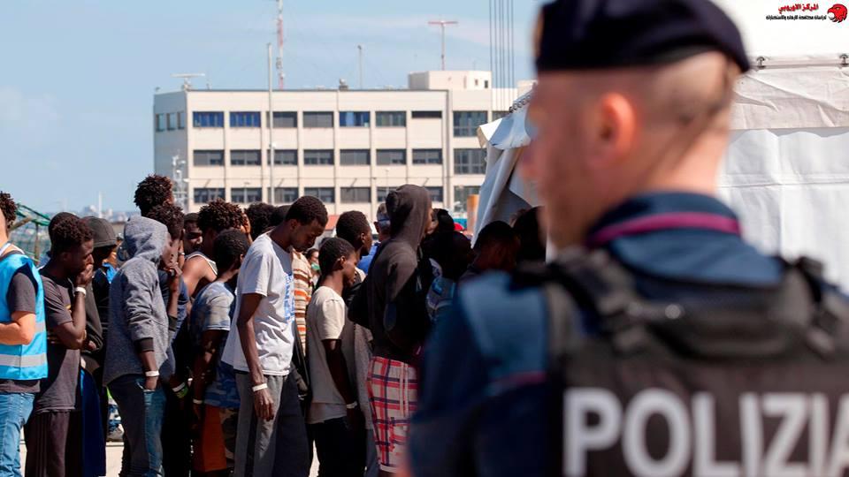 إيطاليا .. مخاوف من إستقطاب داعش للشباب داخل نزل اللاجئين في ليبيا