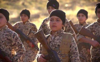 """مناهج  داعش الدراسية و انعكاساتها على """"أطفال الخلافة"""""""