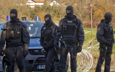 الهجرة عبر طريق البلقان تهدد أوروبا